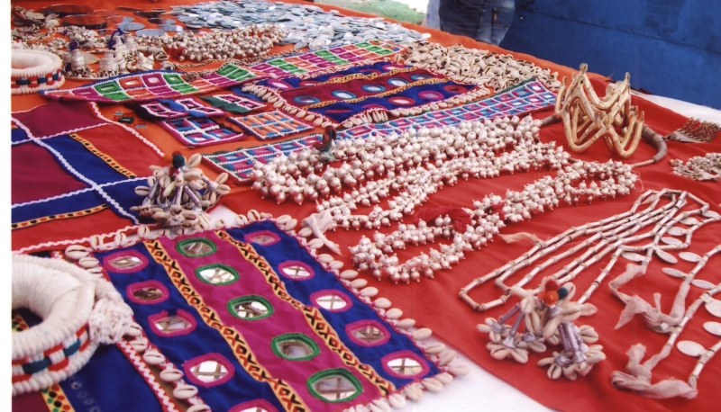 Get Some Of The Best Souvenirs In India