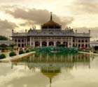Lucknow Imambara, Images of Imambara, why is famous Lucknow